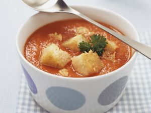 Tomatensuppe mit Croutons Rezept