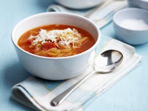 Tomatensuppe mit Parmesan Rezept
