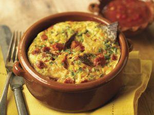 Tortilla-Frittata und mexikanischer Salsa Rezept