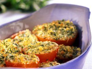 Überbackene Tomaten mit Kräuterbröseln Rezept