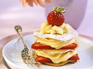 Vanillecreme-Erdbeertörtchen Rezept