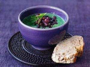 Vegane Spinatsuppe mit Bohnen Rezept