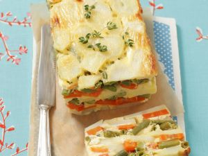 Vegetarische Terrine mit Kartoffeln, Karotten und grünen Bohnen Rezept