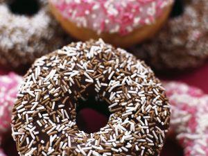 Verzierte Doughnuts Rezept