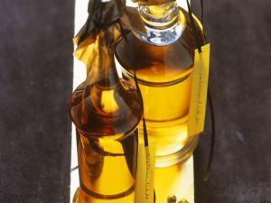 Walnuss-Weißwein-Likör Rezept
