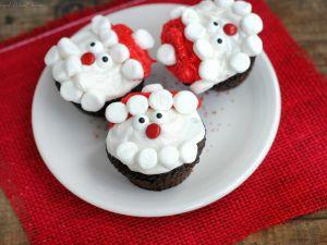 Zuckersüße Weihnachtsmann-Cupcakes