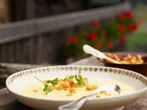 Weinsuppe nach Terlaner Art Rezept