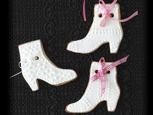 Weiße Stiefel-Plätzchen Rezept