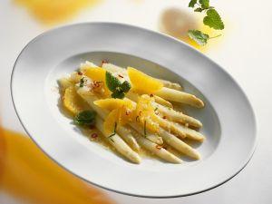 Weißer Spargelsalat mit Orangen Rezept