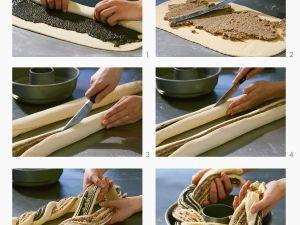 Wickelkuchen mit Mohn-Mandel-Füllung Rezept