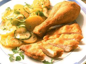 Wiener Backhendl mit Kartoffelsalat Rezept