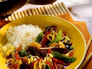 Wok-Gemüse mit Reis Rezept