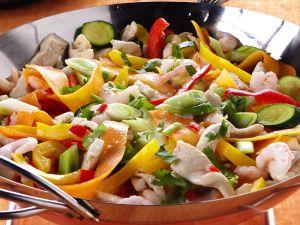 Wokgemüse mit Hähnchen Rezept