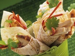 Wraps mit Hähnchen, Paprika und Koriander Rezept