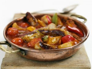 Würstchen mit Gemüse Rezept