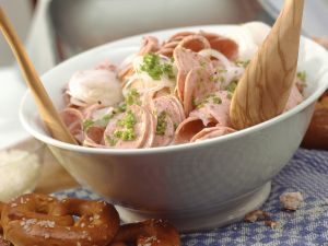 Wurstsalat auf bayrische Art Rezept