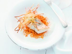 Zander mit Paprika-Sauerkraut Rezept