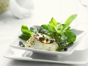 Ziegenkäse mit Feldsalat und Lavendel Rezept