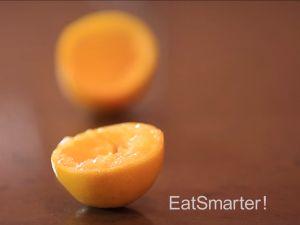 Wie Sie eine Zitrone richtig auspressen
