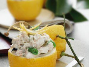 Zitrone mit Thunfischfüllung Rezept