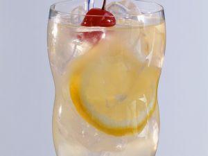 Zitronen-Cocktail mit Gin Rezept