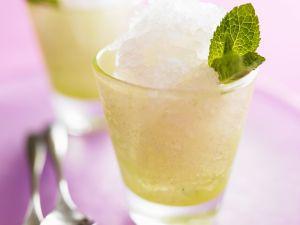 Zitronen-Granita mit Minze Rezept