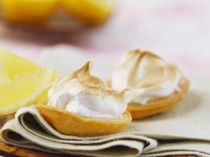 Zitronen-Meringue-Torteletts Rezept