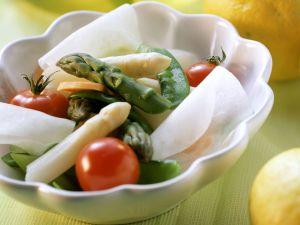 Zitronenfondue mit Spargel und Kohlrabi Rezept