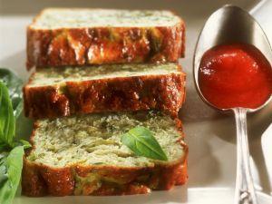 Zucchini-Flan mit Tomatensoße Rezept