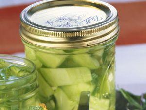 Zucchini im Senfsud Rezept