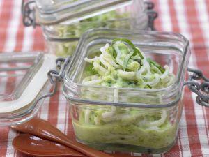 Zucchini-Nudeln in Kokosmilch Rezept