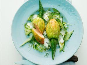 Zucchiniblüten mit Lachsfüllung Rezept