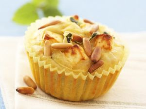 Zucchinimuffins mit Schafskäse Rezept