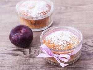 Fettarme und zuckerfreie fruchtige Muffins