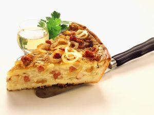 Zwiebelkuchen mit Muscheln Rezept