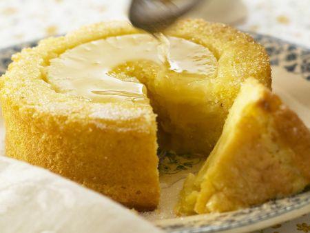 Ananaskuchen mit Sirup