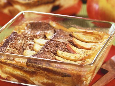 Apfel-Honigkuchenauflauf