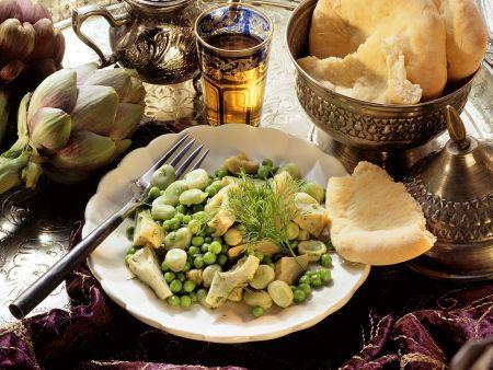Artischiockengemüse mit Hülsenfrüchten