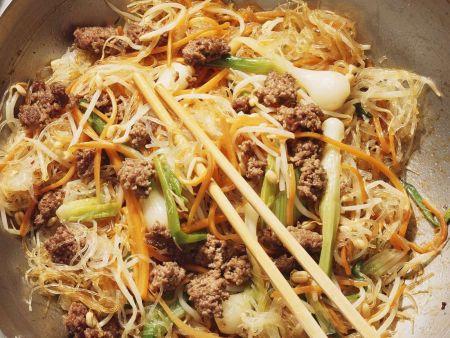 Asiagericht mit Hackfleisch