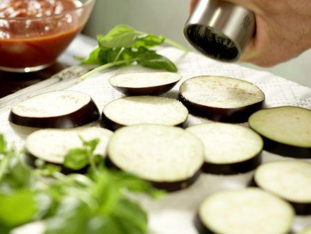Auberginen-Auflauf: Zubereitungsschritt 1