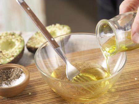 Avocado mit Mandelkruste: Zubereitungsschritt 6