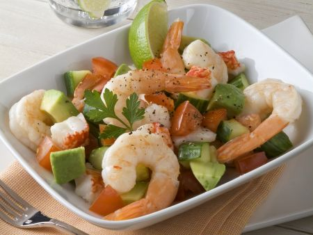 Avocado-Shrimps-Salat mit Paprika