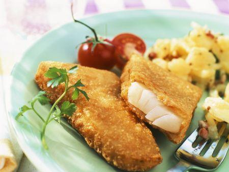 Fisch in Panade mit Kartoffelsalat