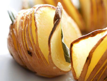 Backkartoffeln mit Salbei