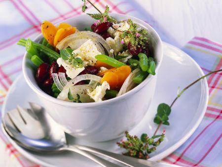 Bohnensalat auf mediterrane Art mit Feta
