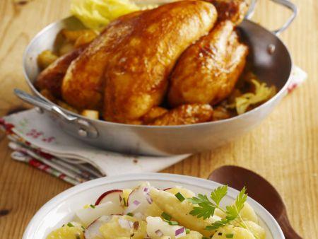 Brathähnchen mit buntem Kartoffelsalat