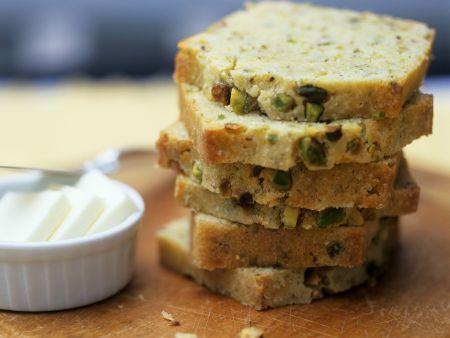 Brot mit Pistazien
