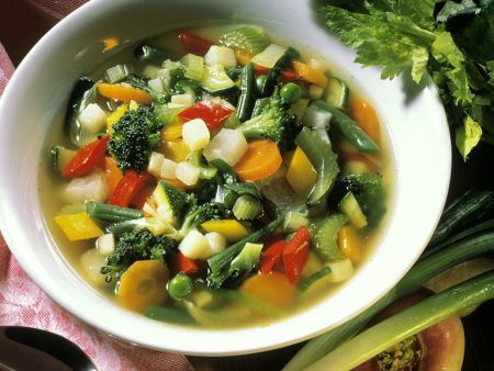 Rezept: Bunte Gemüsesuppe