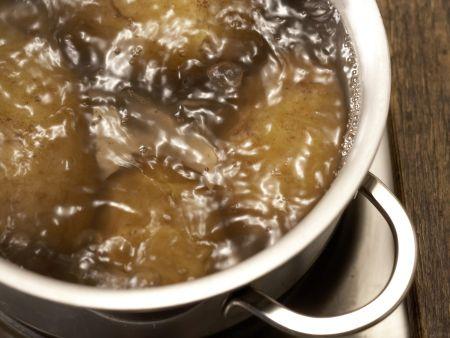"""Kartoffelpfanne """"Indianer-Schmaus"""": Zubereitungsschritt 1"""