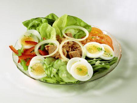 Bunter Salat mit Thunfisch
